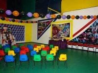 Salon decorado para la fiesta