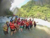 saltos entre cascadas