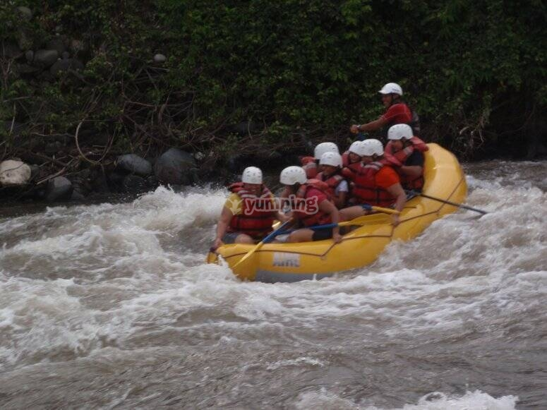 Rafting in the Pescados River