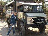 All-terrain jeep