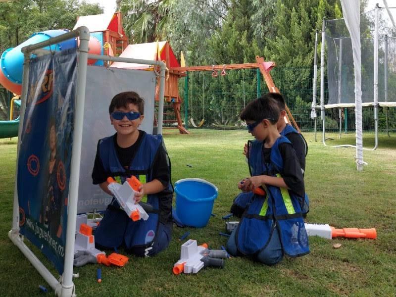 Fortalece los lazos de compañerismo y trabajo en equipo