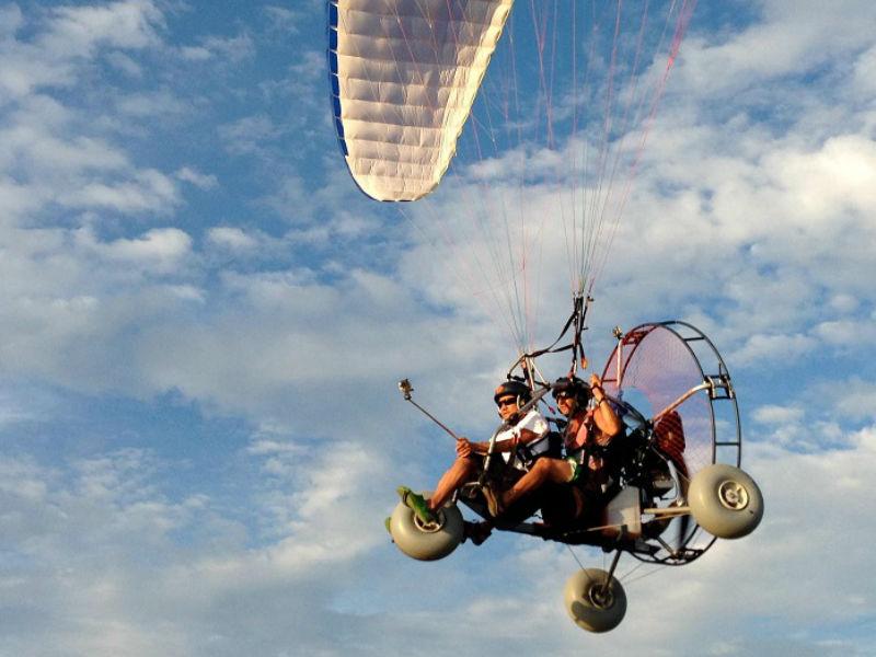 Un piloto profesional será tu guía por el aire